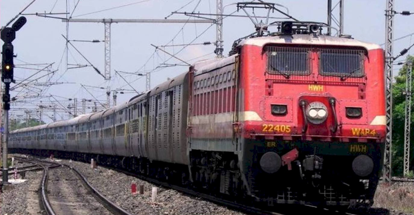 खजुराहो से चलने वाली ट्रेन अब बाँदा होते हुये प्रयागराज तक जायेगी