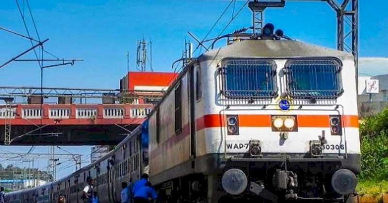 लखनऊ मंडल से होकर गुजरने वाली ट्रेनों में चेकिंग के दौरान पकड़े गए 9581 यात्री