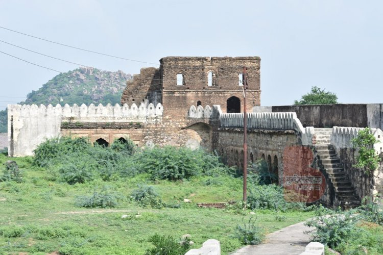 bhuragarh fort banda | bhuragarh ka kila banda | banda tourust places