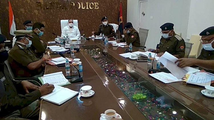 बाँदा : बालू माफियाओं के पुराने अपराध पता लगाकर की जाये एनएसए कार्रवाई