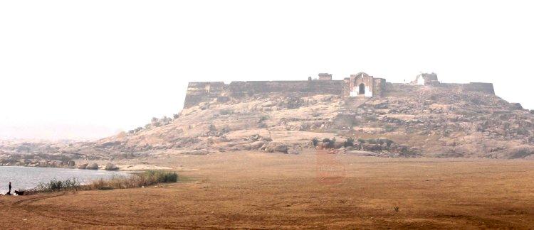 रनगढ़ दुर्ग | rangarh durg banda | banda tourist places