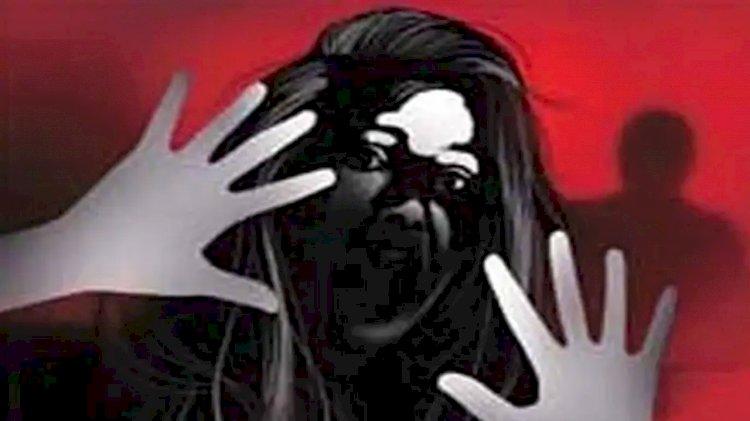झांसी: शर्मसार हुई खाकी, पीआरडी के जवान ने जबरन पति को छोड़ उसकी पत्नी को ले जाकर किया बलात्कार।