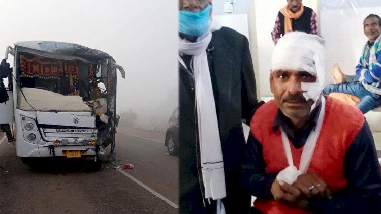 इंदौर से ललितपुर आ रही यात्री बस खड़ी बस से टकराई , 36 घायल