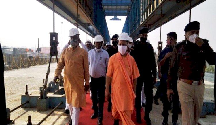 मुख्यमंत्री ने निर्माणाधीन बुंदेलखंड एक्सप्रेस-वे का जायजा लेकर शुरू किया बुंदेलखंड का दौरा