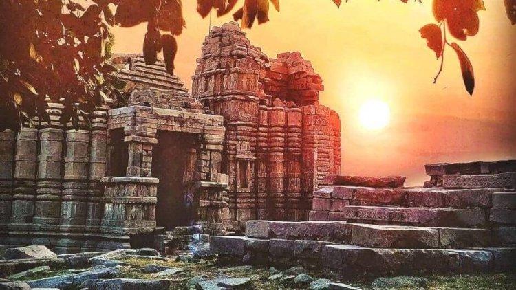 अस्तित्व खो रहा बुन्देलखण्ड का कोणार्क मंदिर,देखे यहाँ