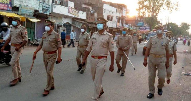 बिना मास्क के घूम रहे चित्रकूट मंडल में पुलिस का चला चाबुक, 58 व्यक्तियों चालान