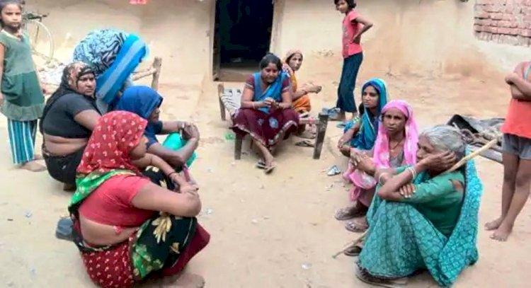 बाँदा : जमीन में गड़े धन पाने की लालसा में मासूम बच्चे की हत्या, मां बेटी सहित तीन गिरफ्तार