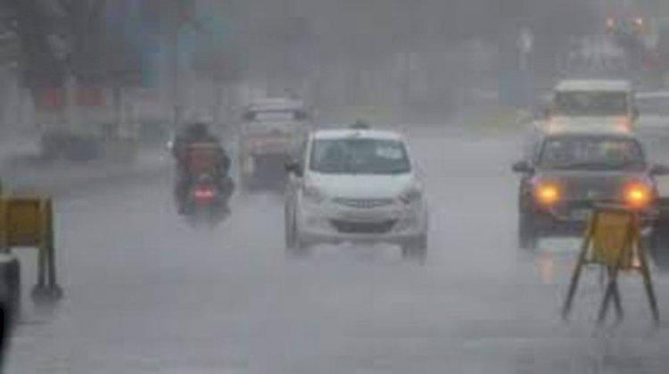उत्तर प्रदेश में तेज बारिश के बने आसार, 37 जिलों को किया गया अलर्ट
