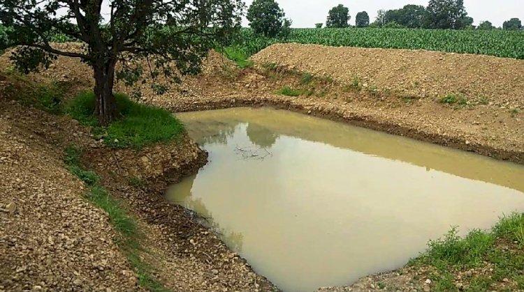 जल संचय को चित्रकूट मण्डल में तालाब खुदाई का कार्य युद्ध स्तर पर हो : आयुक्त