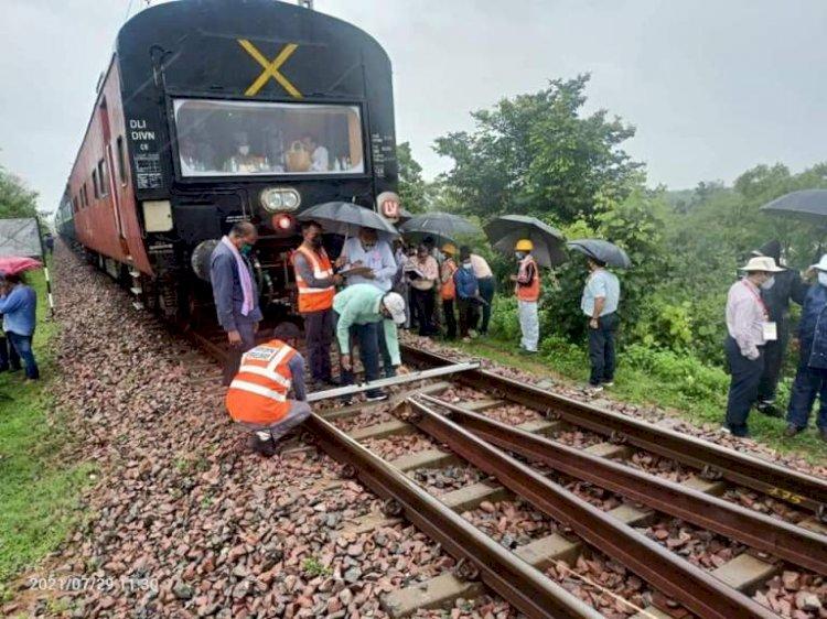 drm jhansi, mahoba khajurho rail electification work