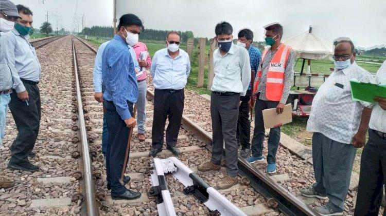 पश्चिम मध्य रेलवे टीम ने कानपुर–इटावा खंड का परख निरिक्षण