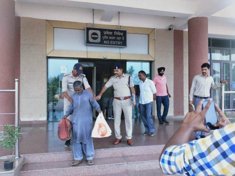 मप्रः पाकिस्तान की जेल में 23 साल बंद रहे प्रहलाद राजपूत हुए रिहा