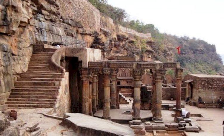 कालिंजर दुर्ग (Kalinjar Fort)