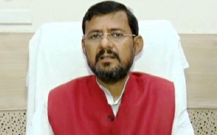 उत्तर प्रदेश के परिवहन मंत्री अशोक कटारिया (Uttar Pradesh Transport Minister Ashok Kataria)