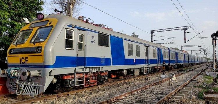 झांसी रेल मंडल के यात्रियों को मिली 6 नयी मेमू ट्रेनों की सौगात, लीजिये पूरी जानकारी