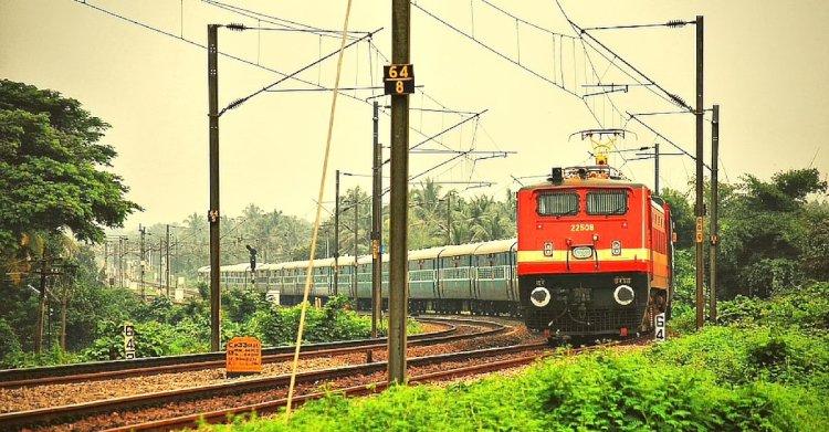 बुंदेलखंड को रेलवे ने दी एक नई सौगात : ग्वालियर से बरौनी तक 15 से चलेगी साप्ताहिक ट्रेन